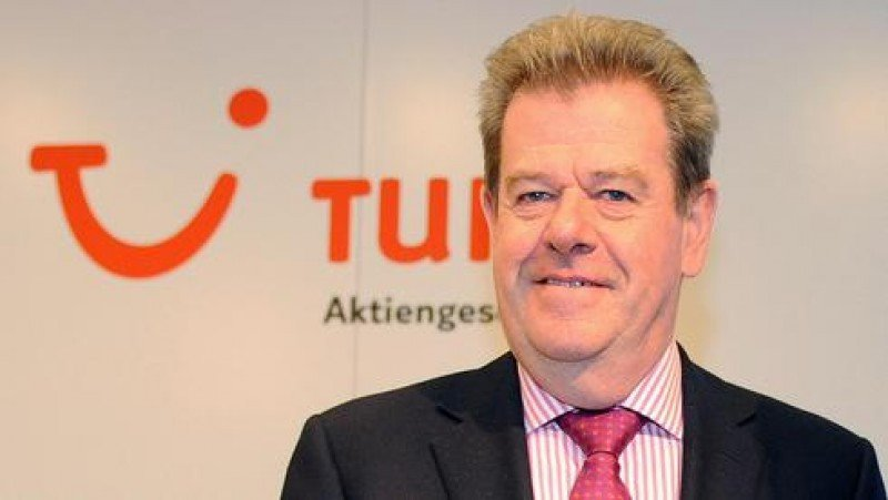 El CEO de TUI Travel, Peter Long.