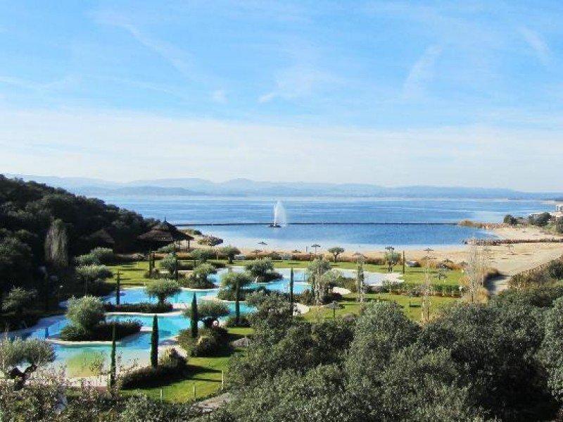 El complejo Marina Isla de Valdecañas en concurso de acreedores