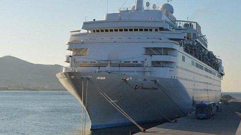 Crucero en el Puerto de Motril.