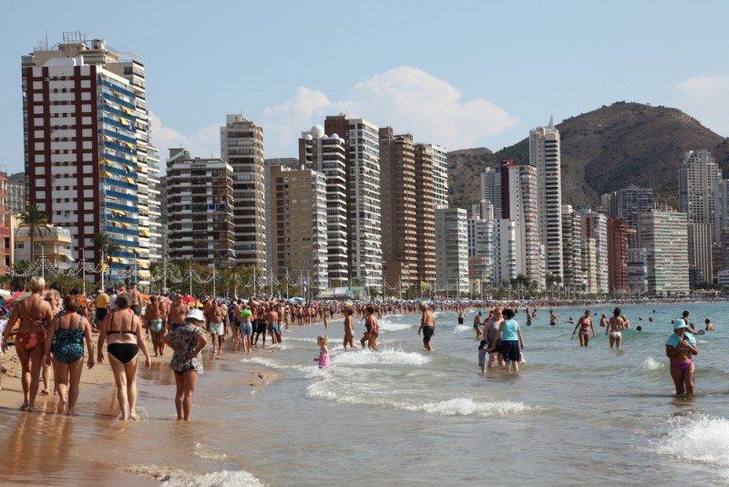 El gasto medio de los españoles en hoteles ha subido en 8 euros. #shu#.