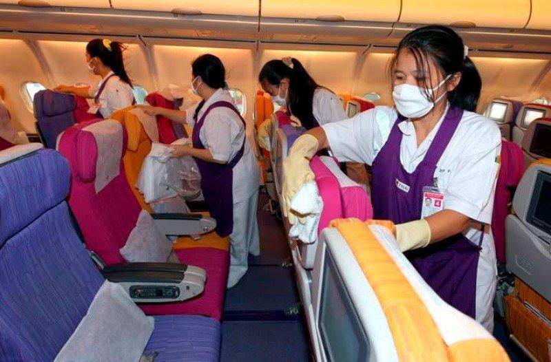 Huelga de empleados de limpieza de aviones por temor al ébola