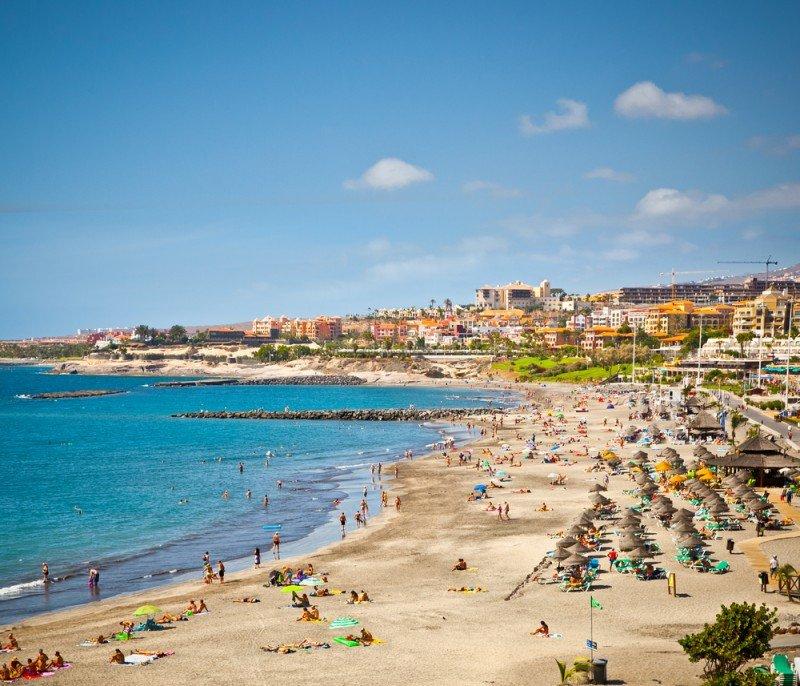 Un tercio de los visitantes que recibe Canarias va a un todo incluido, lo que apenas tiene repercusión económica en el destino. #shu#