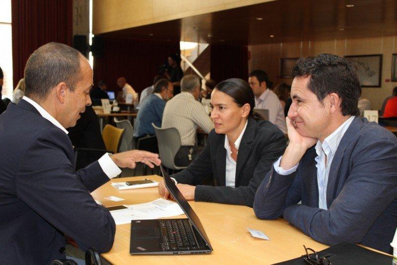 Empresas locales y grandes comercializadoras online han entrado en contacto.