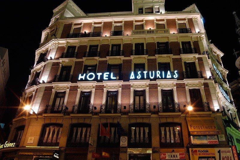 Un fondo de inversión de Hong Kong compra el Hotel Asturias de Madrid