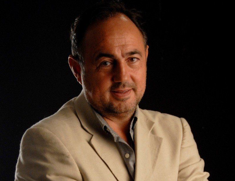 Amadeo Martínez.