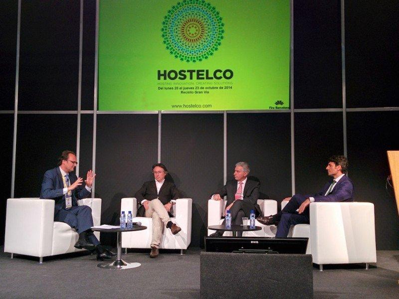 Un momento del debate sobre externalización de departamentos de hotel, que tuvo lugar en el salón Hostelco.