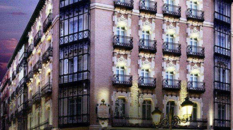 La cadena tiene 54 hoteles en España. Hotel Catalonia Zaragoza Plaza.