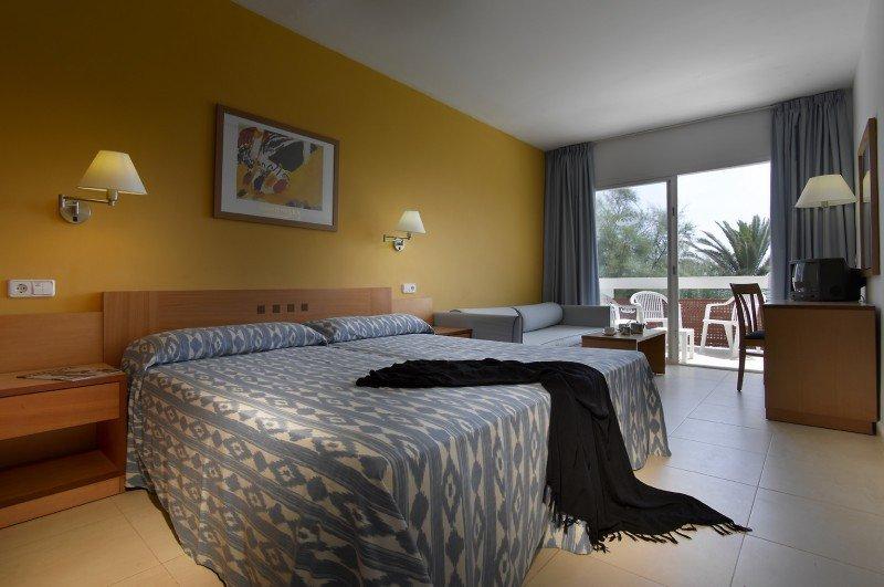 El Fiesta Club Palm Beach se convertirá en el Grand Palladium Palace Ibiza Resort.