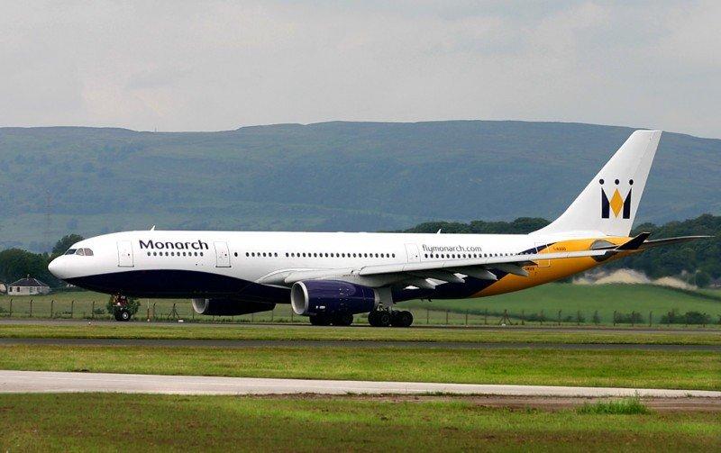Monarch deja el largo radio y sus aviones A330, y aplicará un plan de ajustes tras cambiar de propietario.