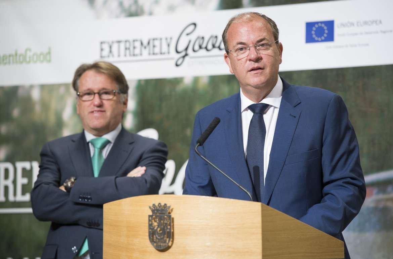 José Antonio Monago, presidente de Extremadura, y Víctor del Moral, consejero de Turismo.