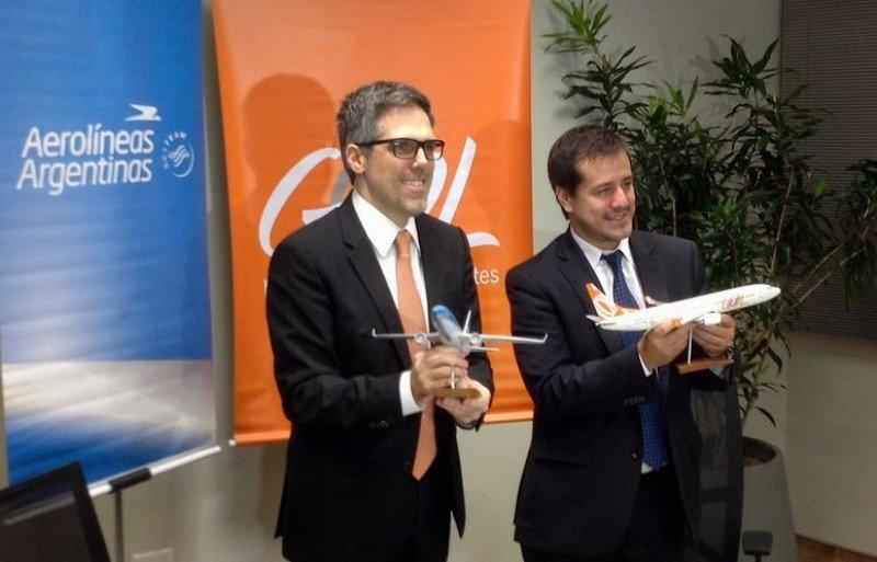 Paulo Sergio Kakinoff (GOL) y Mariano Recalde (Aerolíneas Argentinas).