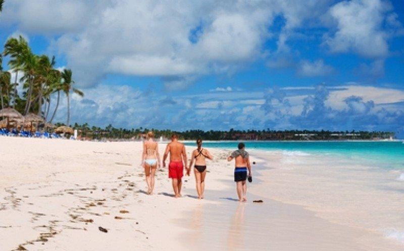 Casi 4 millones de extranjeros han visitado el país en 9 meses, con las playas del este como principal destino. #shu#