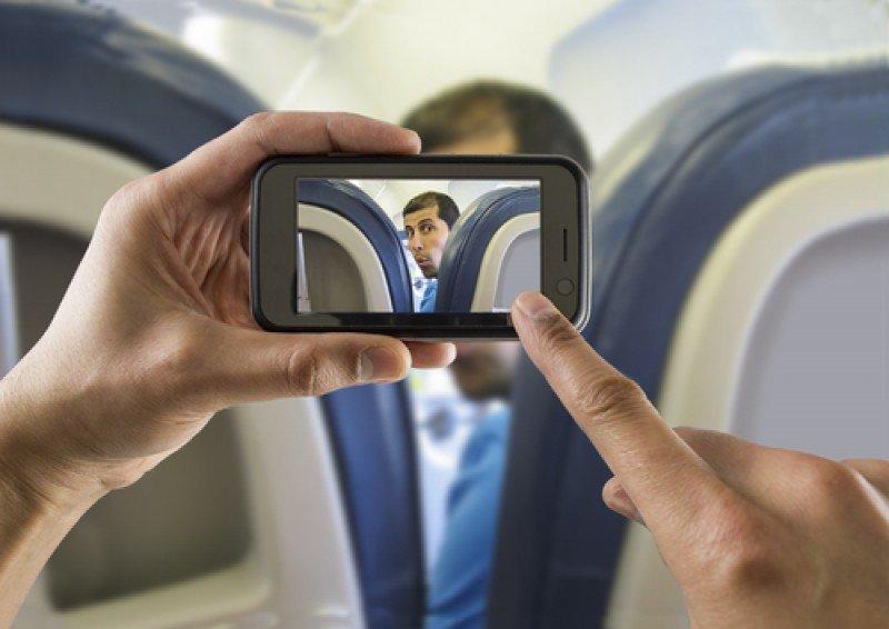Los pasajeros podrán tener sus dispositivos encendidos en todas las etapas del vuelo. #shu#