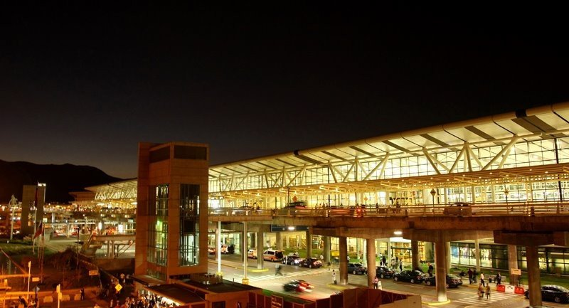Aeropuerto Arturo Merino Benítez.