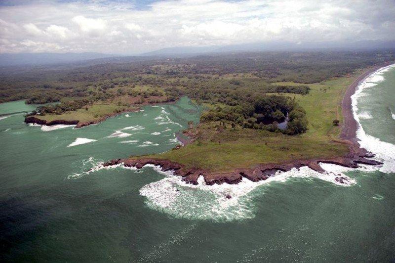 Punta Loros, en la costa de Puntarenas.