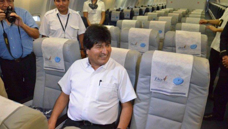 El presidente Evo Morales asistió al lanzamiento de BOA.