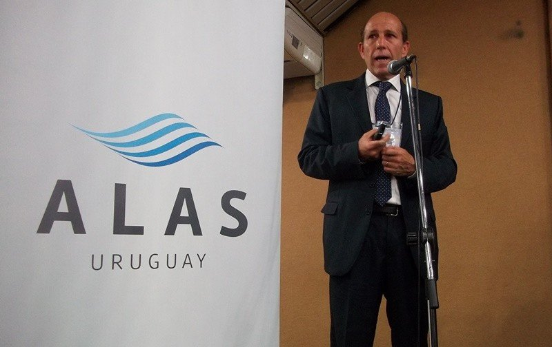 Sergio Riolfo encabezó la presentación en la feria VTN.