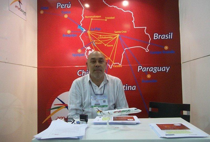 Elbio López, de Aeromundo, en el local de Amaszonas de la VTN.
