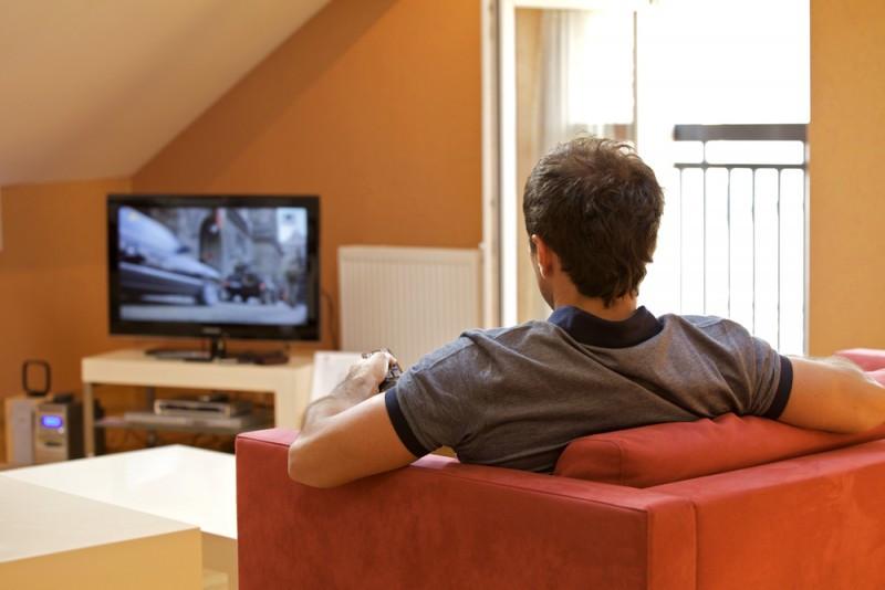 Los hoteleros pagan a siete entidades de gestión por el uso de la música o incluso por el hecho de tener televisión en las habitaciones. #shu#