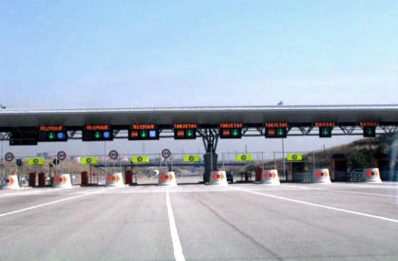 Accesos de Madrid R-3 y R5 y la M-30.