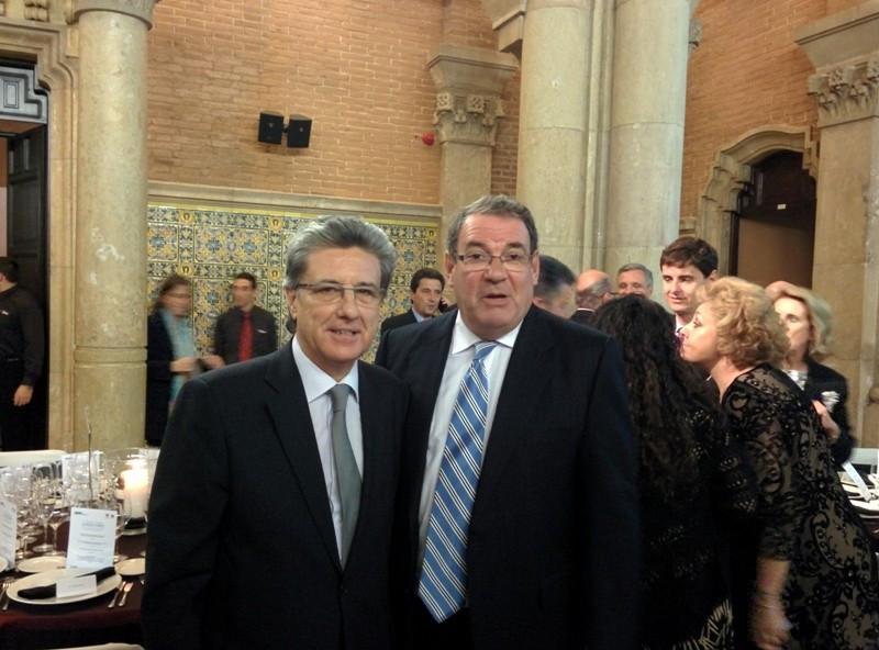 Martín Sarrate, presidente de ACAVE, con Joan Molas, presidente de la patronal hotelera CEHAT, en el acto del pasado miércoles por la noche.