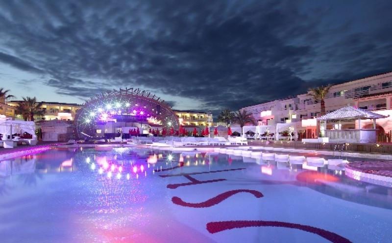 El Ushuaïa Ibiza Beach ha sido distinguido en la categoría de 'Mejor uso de la tecnología'.