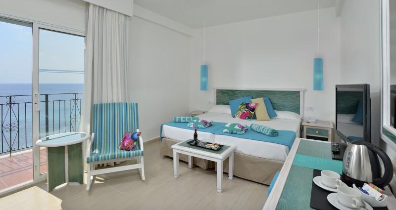 Habitación del Sol Beach House Menorca.