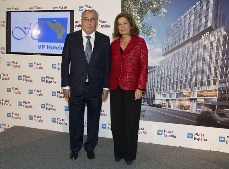 Vicente Pérez y Ana Botella en la presentación del proyecto celebrada este viernes.