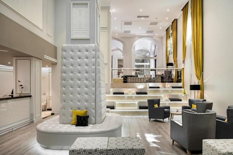 Imagen del lobby renovado del NH Collection Abascal.