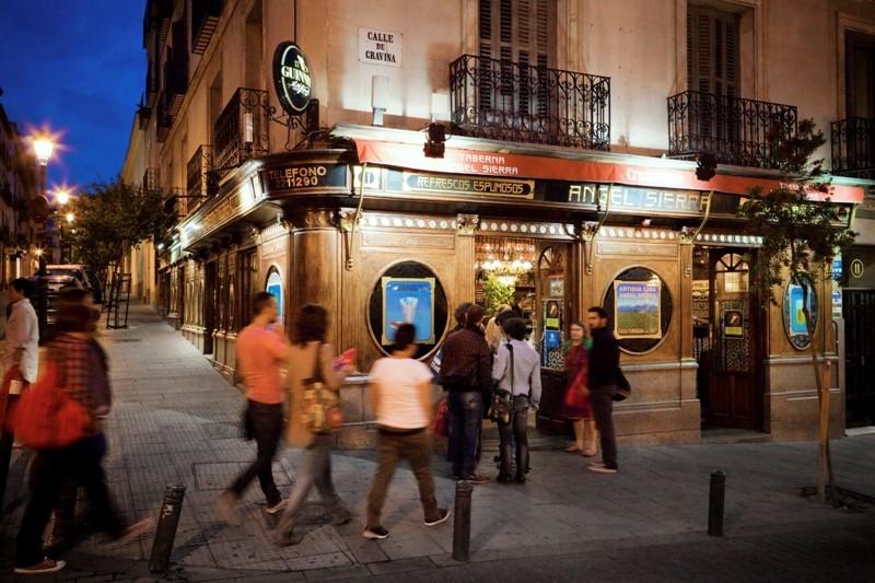 Visitantes en la zona de Chueca, Madrid. Foto: Destino Madrid.