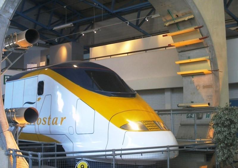 Pasajeros de Eurostar, varados en la oscuridad durante ocho horas