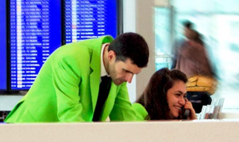 Huelga indefinida de 'chaquetas verdes' en Madrid-Barajas
