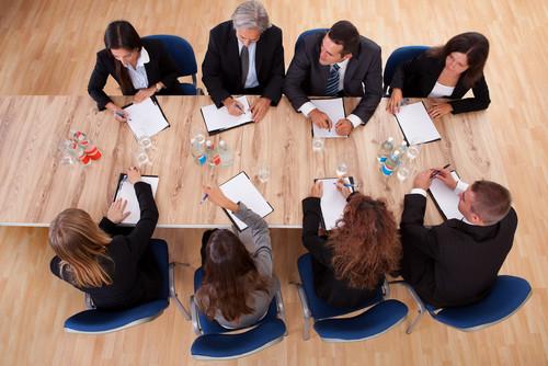 Las mujeres deberán ocupar el 30% de los cargos en grandes empresas. #shu#
