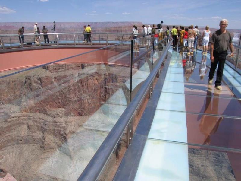 El Skywalk en el Gran Cañón del Colorado.