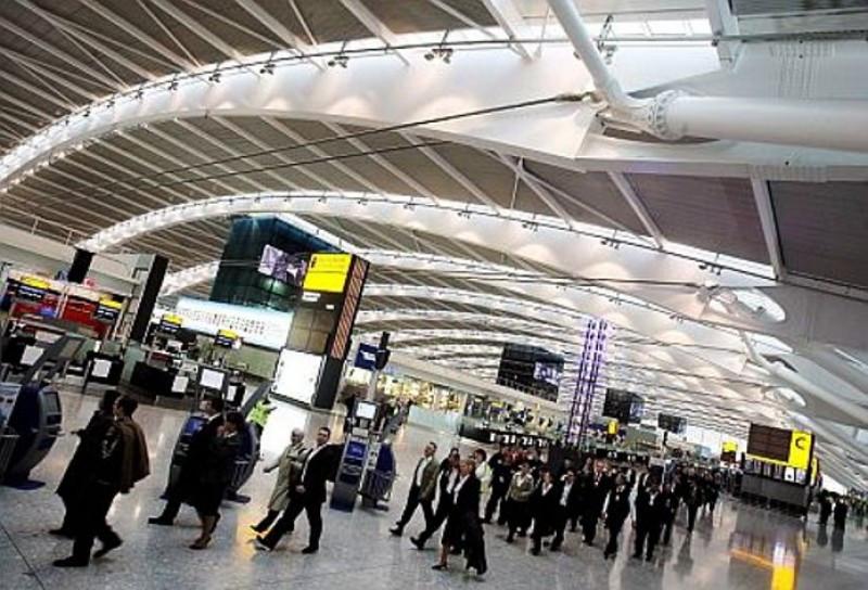 Escocia reducirá el impuesto al pasajero aéreo y luego lo eliminará