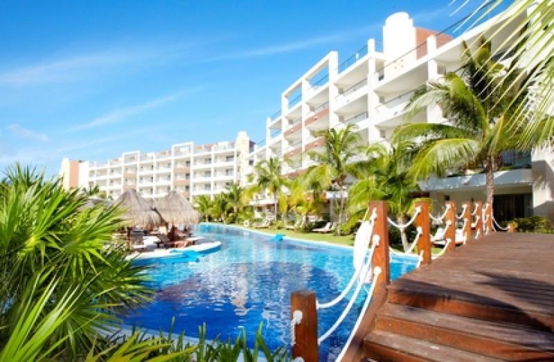La mitad de los europeos que va al Caribe elige alojamientos todo incluido. #shu#