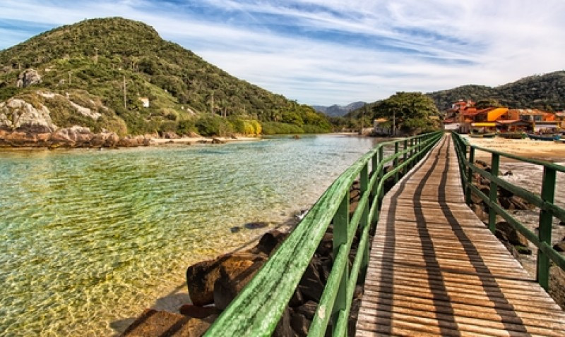 Enero y Semana Santa son las temporadas preferidas por los uruguayos para visitar Florianópolis. #shu#