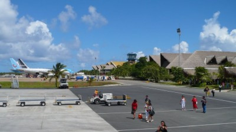 Pista de aterrizaje del Aeropuerto Internacional de Punta Cana.