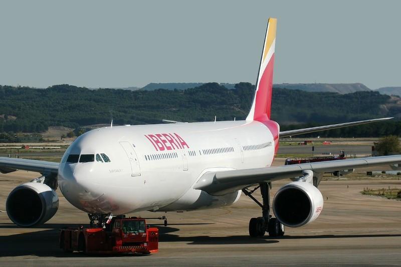 Iberia vuelve a ser la aerolínea más puntual del mundo en octubre