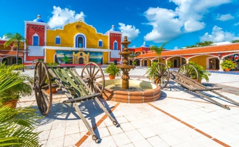 En México pretenden que los visitantes rusos tengan interés en visitar otros atractivos del país más allá de las playas. #shu#