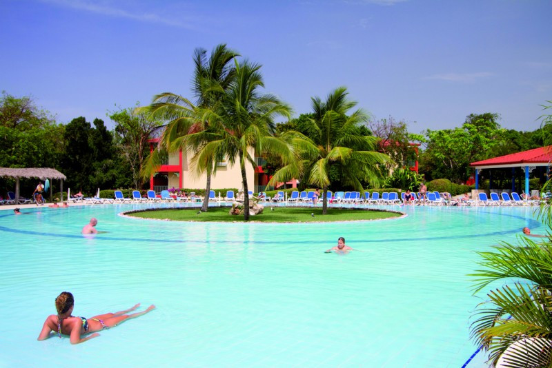 Memories se queda con la gestión del hotel que Riu deja en Cuba