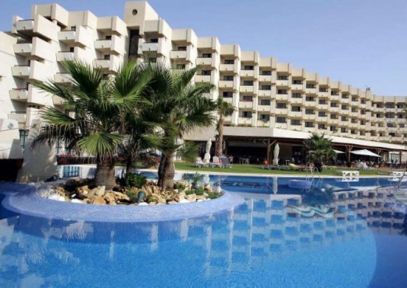 En Almería ha bajado del 77% al 42%. Foto: Hotel Almerimar.