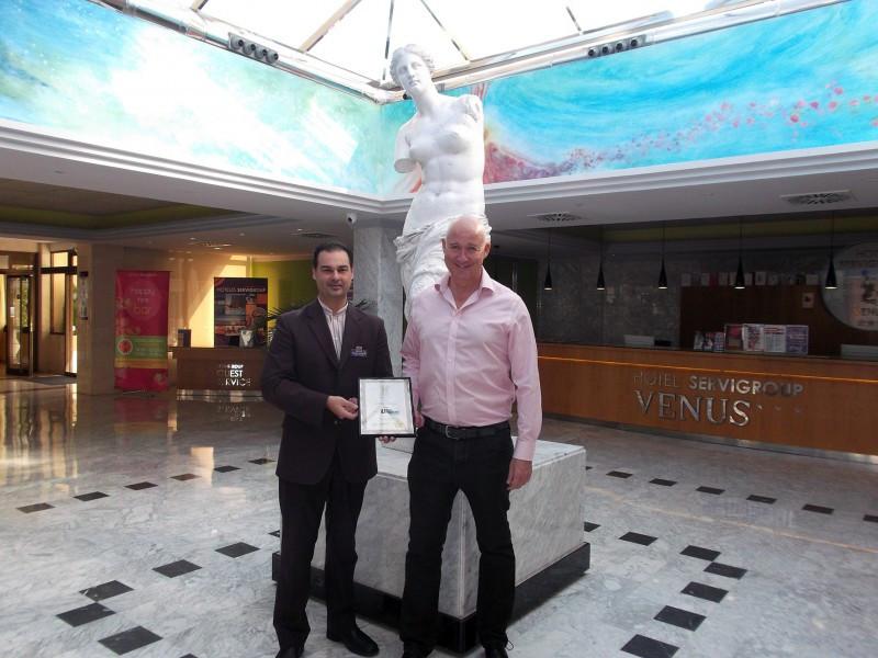Jet2Holidays y David Urqhart premian a Servigroup