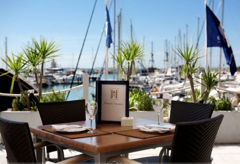 HACE dejará la gestión de los hoteles de Puerto Sherry en 2015