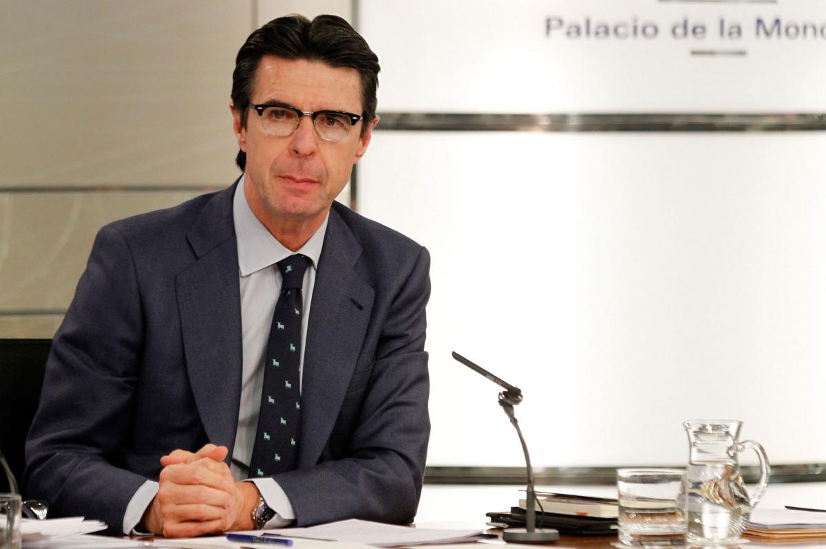 José Manuel Soria presentó ayer la reforma de la Ley de Hidrocarburos tras el Consejo de Ministros.