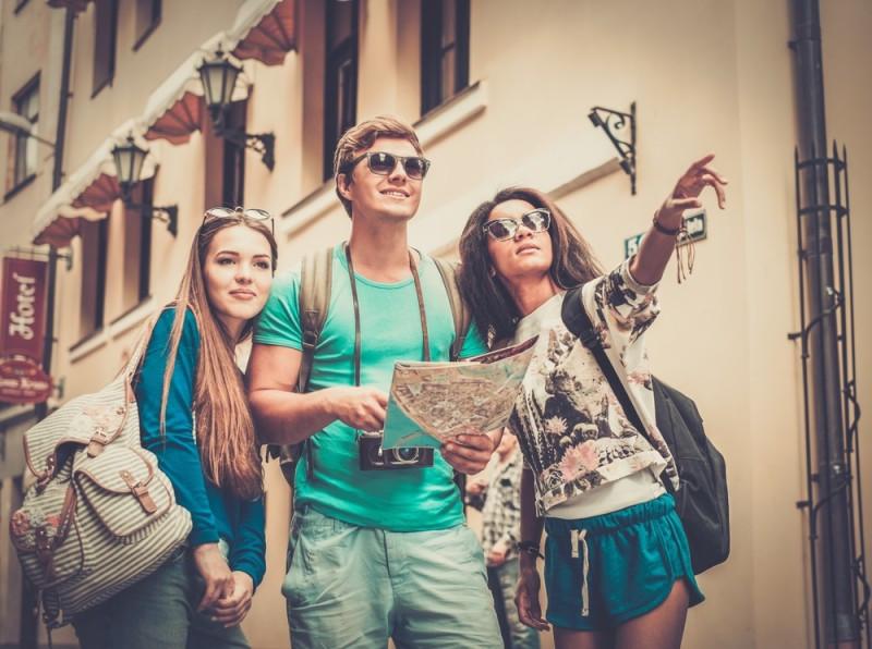 En noviembre los viajes organizados subieron un 3%. #shu#.