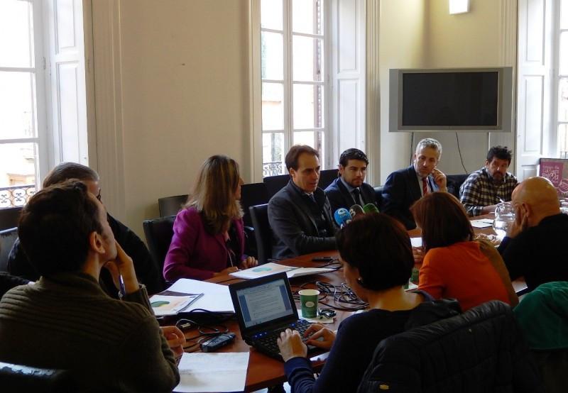 Álvaro Gijón, teniente de alcalde de Turismo del Ayuntamiento de Palma, presentó los resultados del estudio.