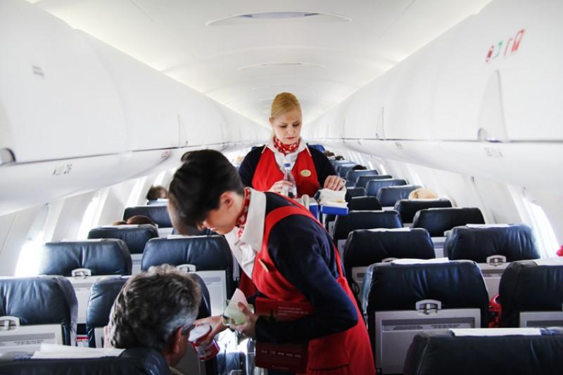 Air Nostrum busca tripulantes de cabina de pasajeros (Foto de diarioazafata.com).