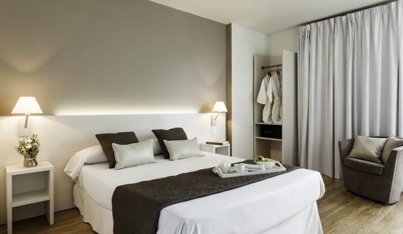 El Confortel Valencia 3 cuenta con 154 habitaciones, de las que seis están adaptadas para personas con movilidad reducida.