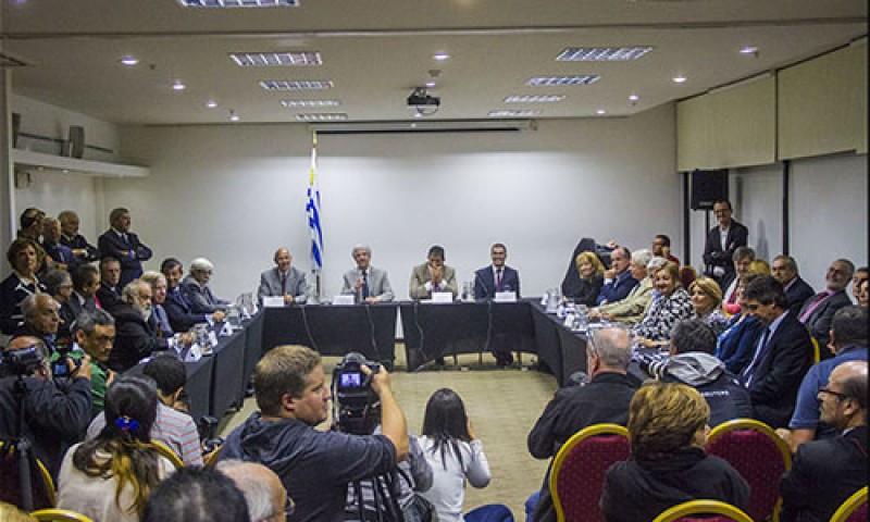Tabaré Vázquez anuncio su gabinete apenas 48 horas después de ser electo. Foto: Frente Amplio.